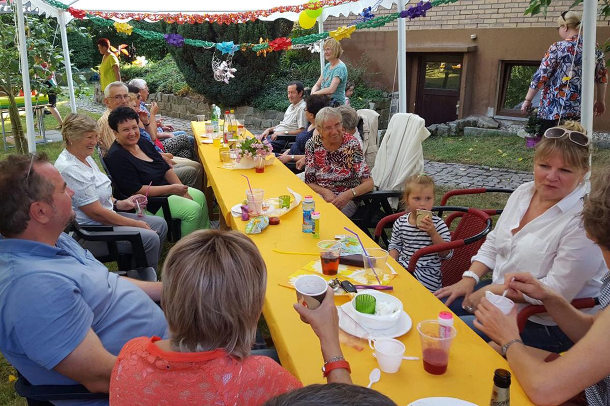 2016-Sommerfest-Chor-Festzelt