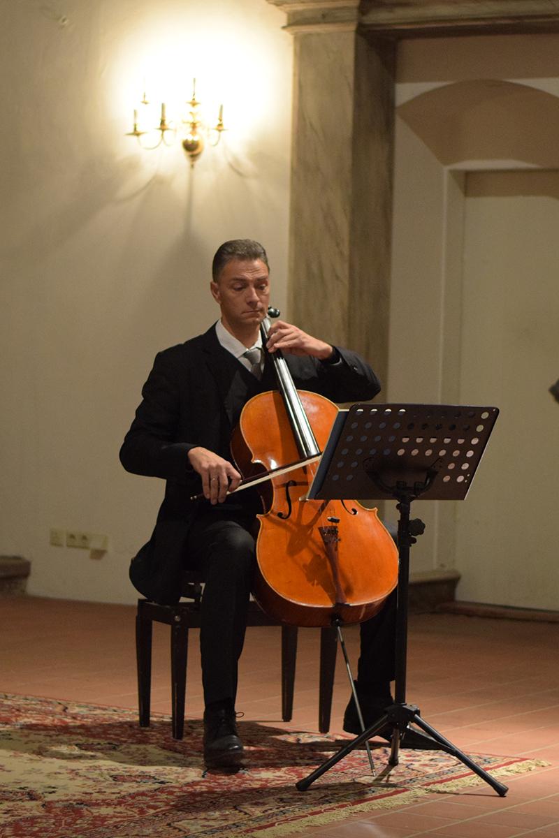 2016-Weihnachtskonzert-Stephan-Wünsch-Cello